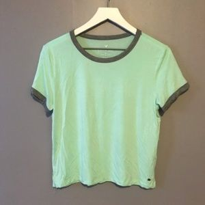American Eagle Soft & Sexy Cropped Tee Size Large
